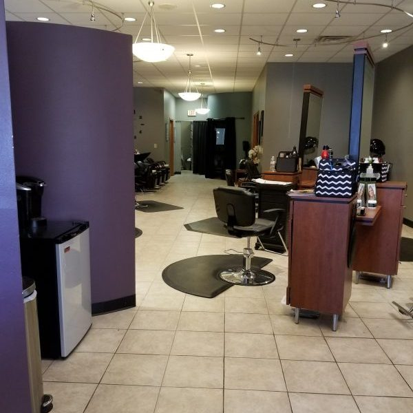 The entry way of the salon.